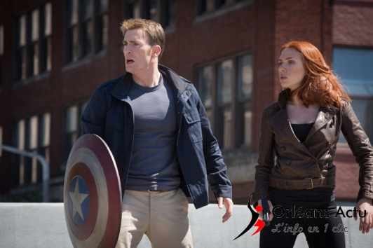 REVIEW-Captain-America-Le-Soldat-de-l-hiver-tire-a-blanc_portrait_w532[1]